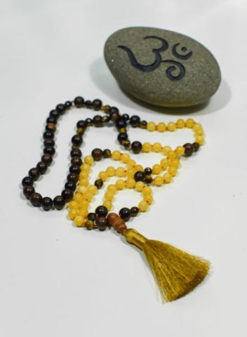 Mala Yellow Jade + Tigers Eye + Wood personal power – abundance – mental clarity – balance: 1st Muladhara, 2nd Swadhisthana, 3rd Manipura, 4th Anahata Chakra's (root, naval, solar plexus + heart) handcrafted by Fia