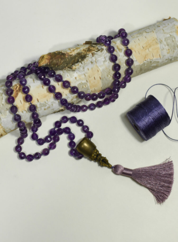 Mala Amythest –  protection – clarity – insight 7th Sahasrara Chakra (crown) handcrafted by Fia